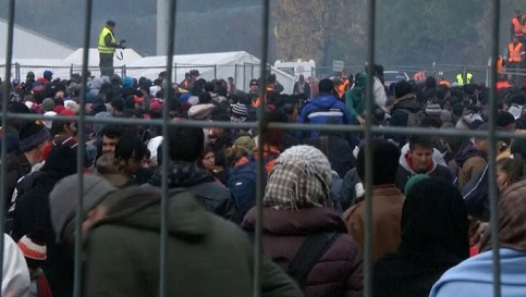 Áustria começa a erguer muro na fronteira com Itália