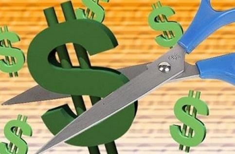Italianos cortam despesas
