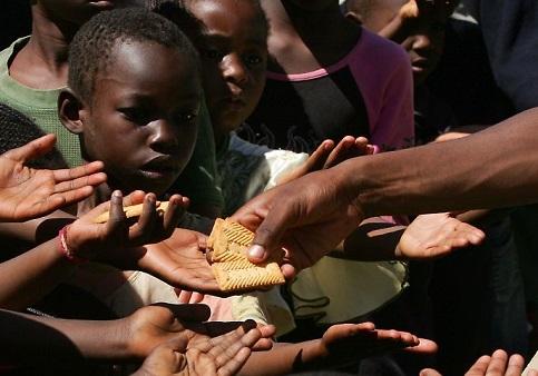 Fome poderia acabar com apenas 0,3% do PIB mundial ao ano