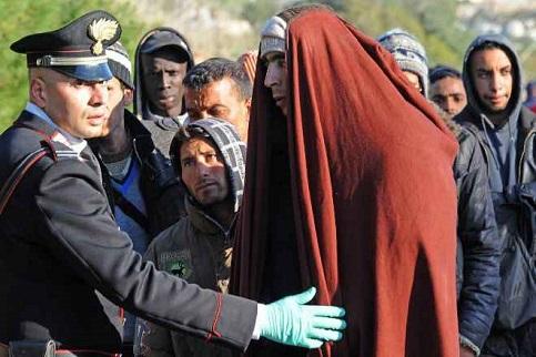 Após Líbia, governo italiano mira Tunísia para frear imigração