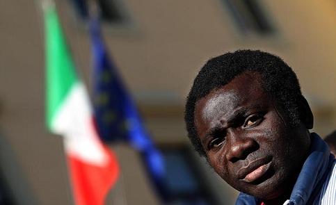Imigrante faz pedido de refúgio na Itália