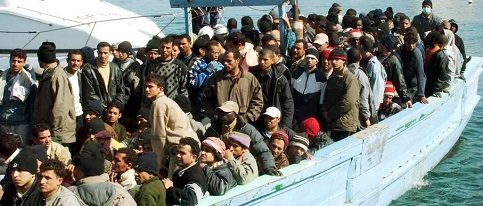 Imigrantes no Mediterr�neo