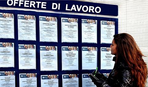 Cai desemprego na It�lia