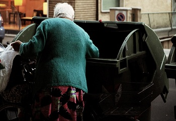 Aumenta o n�mero de fam�lias pobres na It�lia
