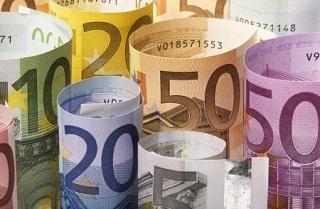 Ajuda financeira aos italianos em dificuldade