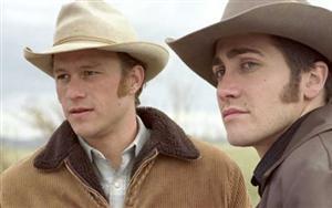Heath Ledger e Jake Gyllenhaal em cena do filme ''O segredo de Brokeback Mountain''