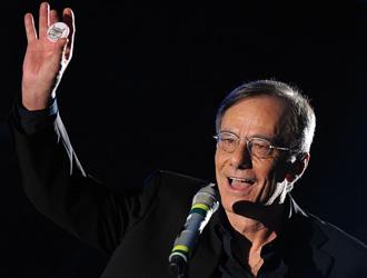 Roberto Vecchioni foi o grande vitorioso do Festival de Sanremo 2011