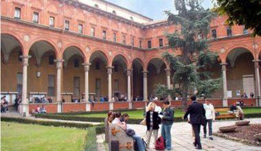 Universidade Cattolica del Sacro Cuore ativou seu mestrado nas línguas inglesa e italiana