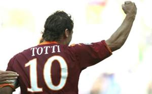 O histórico atacante da Roma, Totti, foi eleito o melhor jogador da rodada