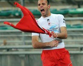 Meggiorini será o principal destaque do Bari, no duelo contra o Palermo, na abertura da 22a rodada