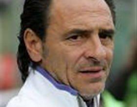 O treinador da Fiorentina, Prandelli, não definiu a escalação dos titulares de sua equipe contra a Lazio, pois, pode fazer alguns testes visando o confronto de oitavas de final da Champions League